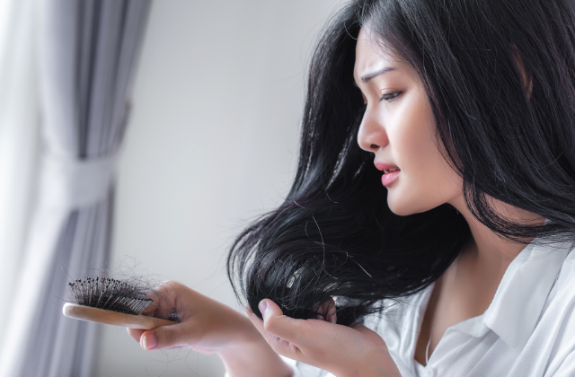 Problemy ze skórą głowy i włosów